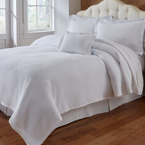 Blair Coverlet & Shams By Traditions Linens
