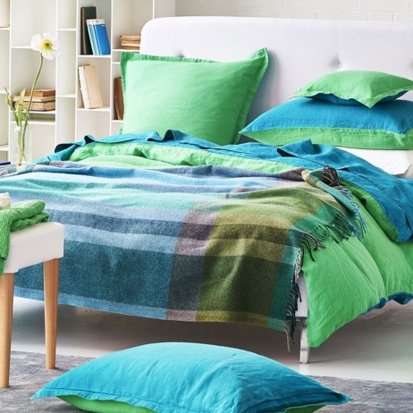 Bampton Emerald Throw By Designers Guild